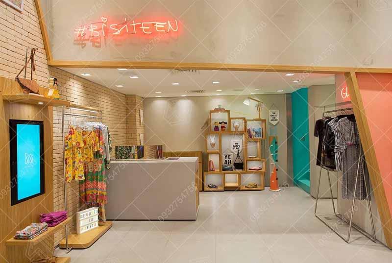 các mẫu thiết kế cửa hàng thời trang