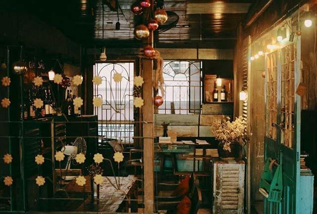trang trí quán cafe phong cách hoài cổ