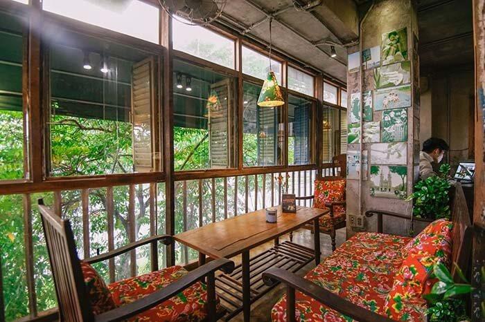 trang trí quán cafe bình dân tầng trệt