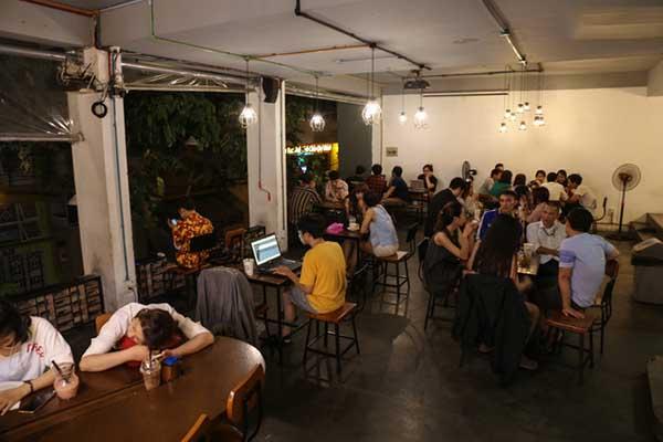 Mô hình quán cafe thức