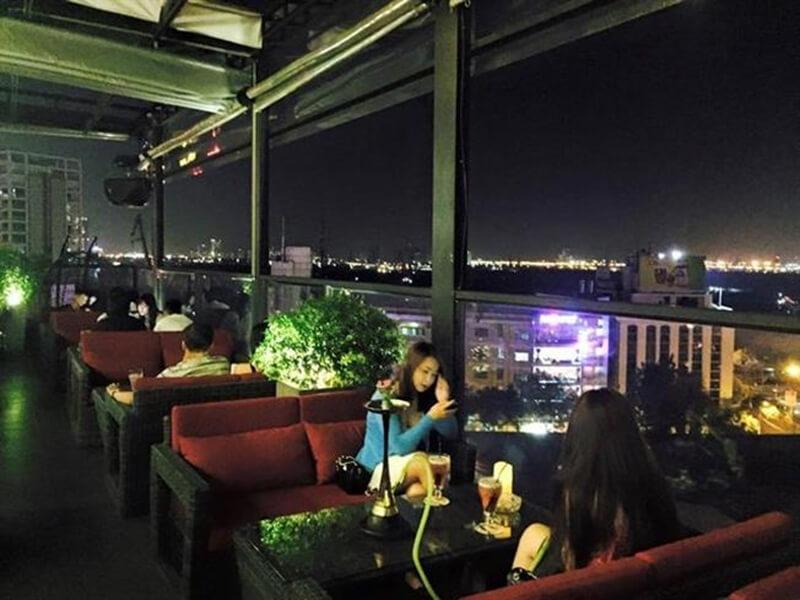 quán cafe bar ở Sài Gòn