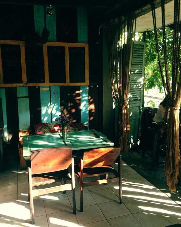 Quán cà phê không gian xưa ở tphcm