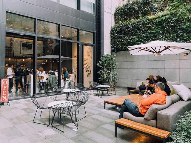 thiết kế quán trà sữa kết hợp quán cafe