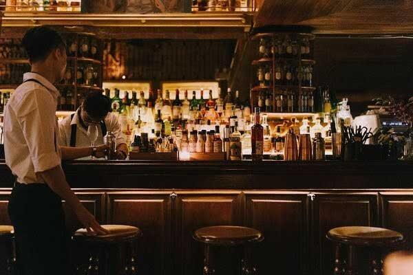 thiết kế quán cafe quầy bar