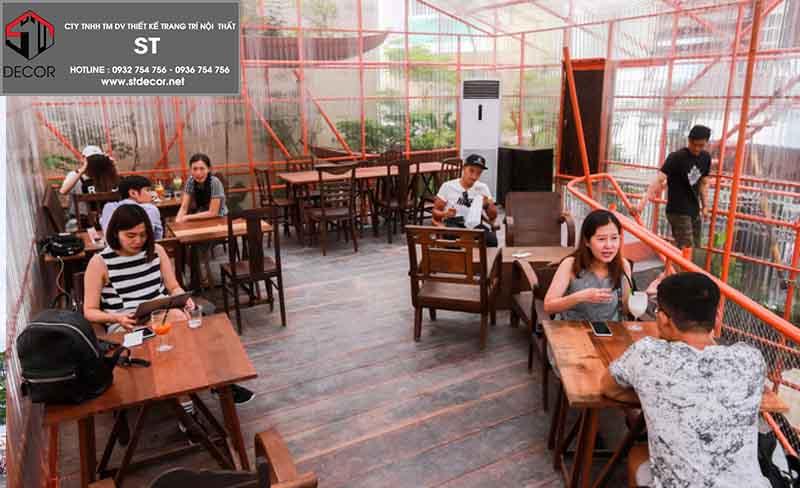 thiết kế quán cafe tiền chê